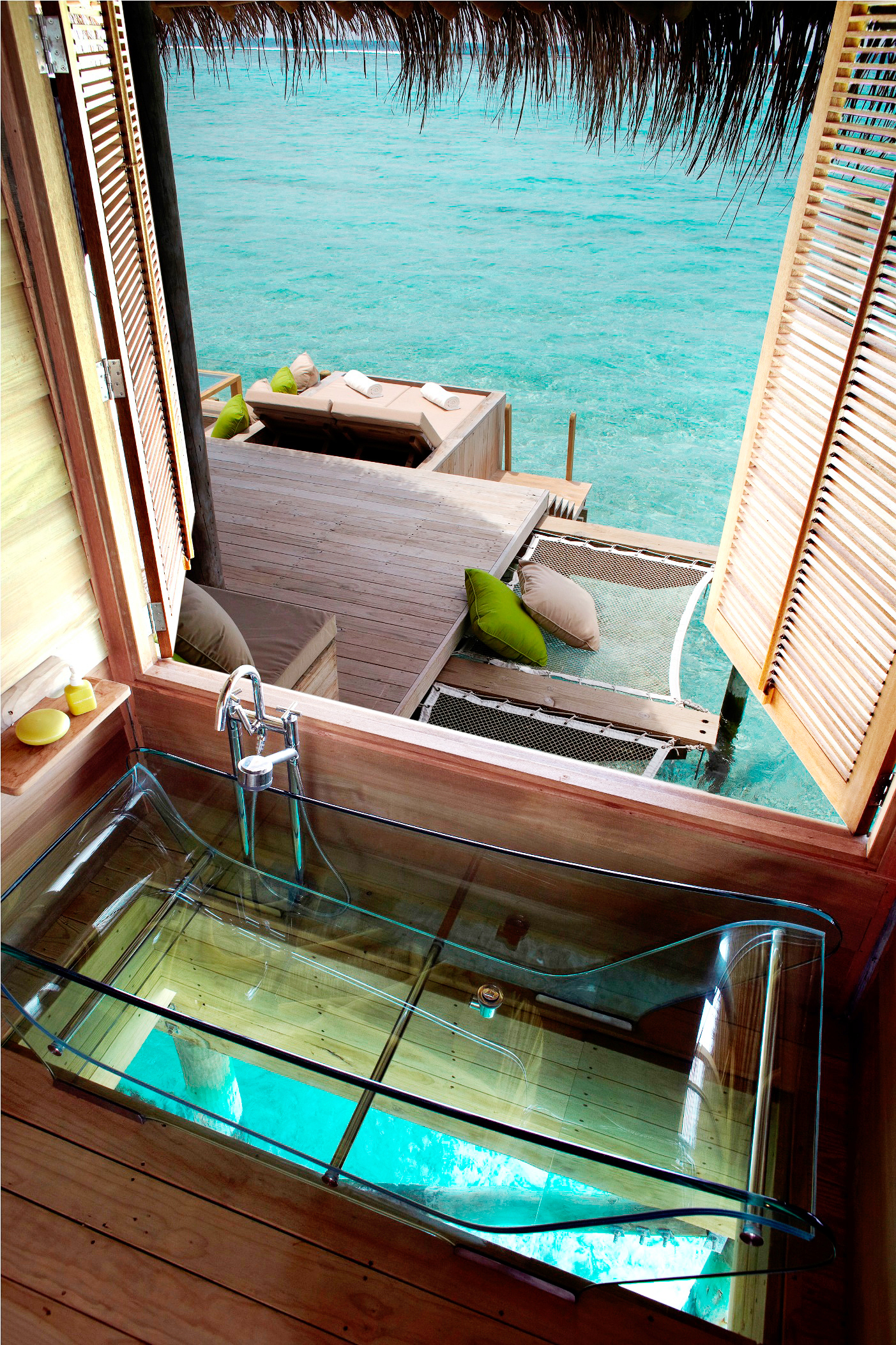 Laamu Water Villa At Six Senses